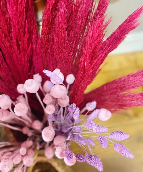 Dried flowers in pinks