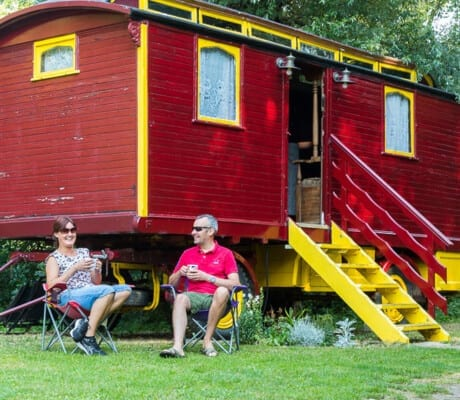 Haselbury glamping in the countryside glade