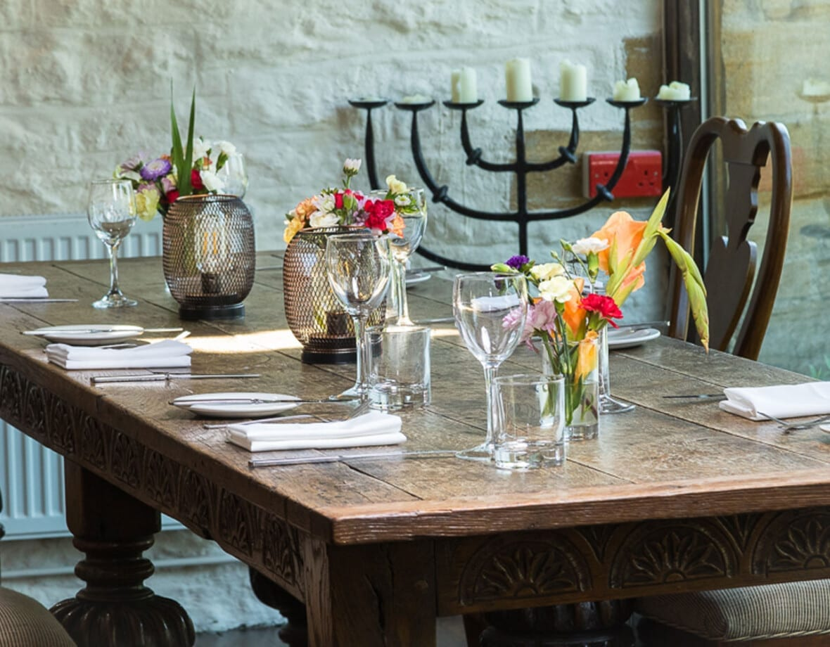 Haselbury Mill - High rated dinning, Lakeside seats, near Crewkerne, Yeovil